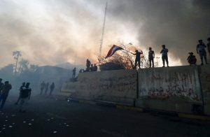 السلطات-العراقية-تفض-اعتصام-البصرة-بالقوة