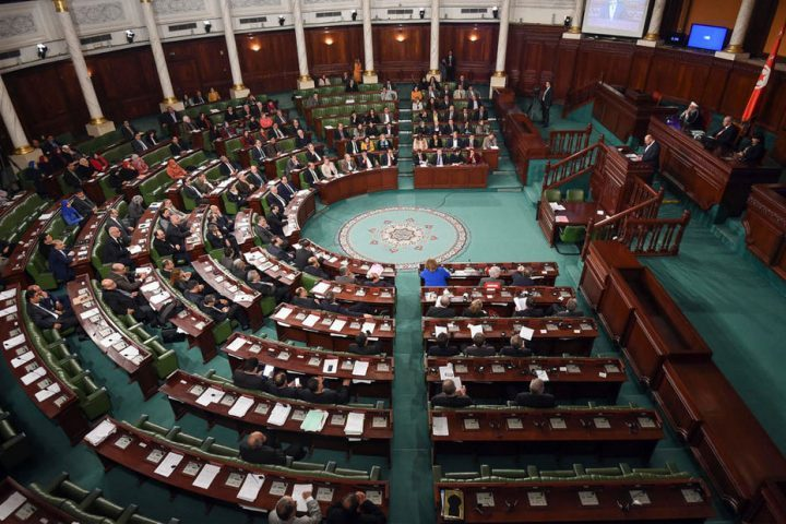 الكتلة-البرلمانية-للحزب-الدستوري-التونسي-ترفض-قراءة-الفاتحة-على-أرواح-شهداء-الثورة