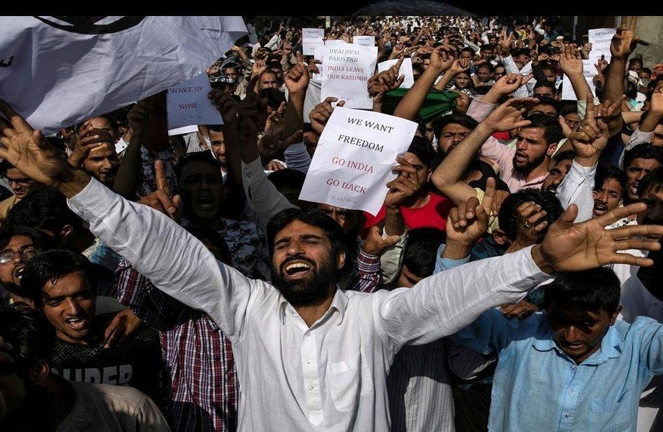 باكستان-تدعو-الهند-لرفع-القيود-عن-كشمير
