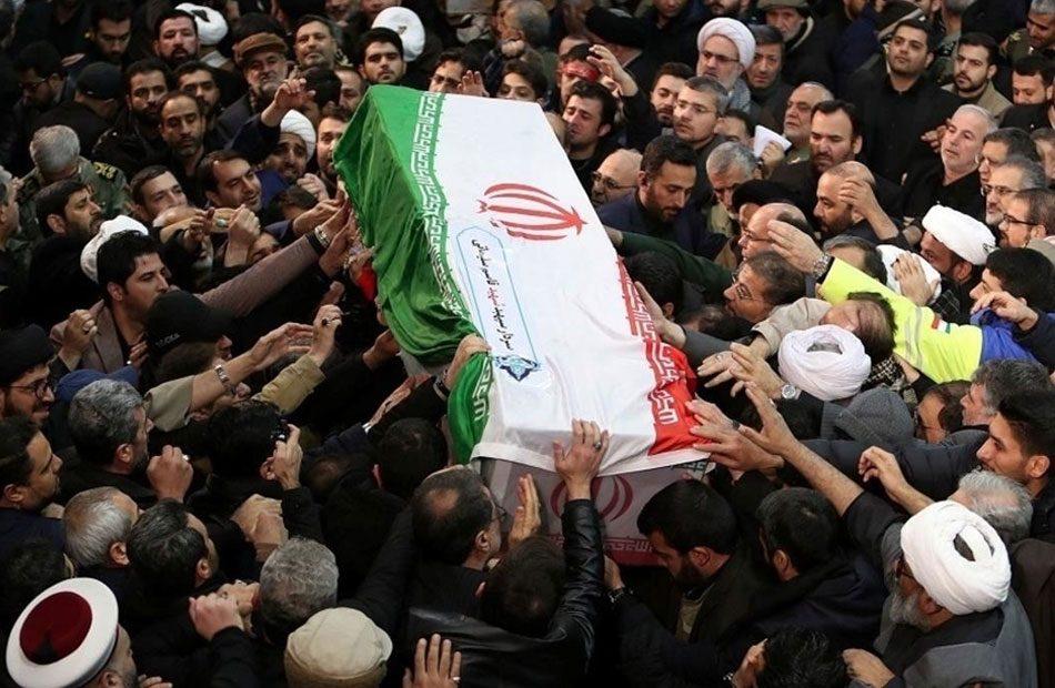 تأجيل-دفن-قاسم-سليماني-بعد-تدافع-أدى-لمقتل-٤٧-شخصا