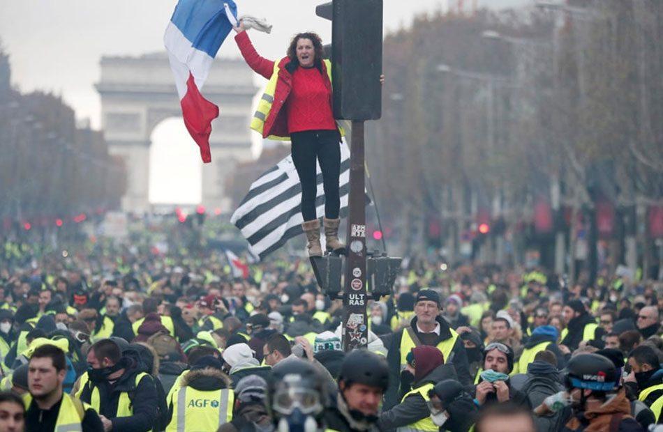 تجدد-المظاهرات-في-فرنسا-ضد-أنظمة-التقاعد