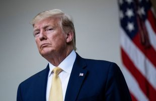 رويترز-نائب-إيراني-يعد-بـ3-ملايين-دولار-جائزة-لمن-يقتل-ترامب