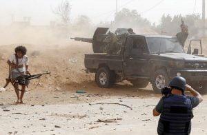 قذائف-عشوائية-لقوات-حفتر-تقتل-مدنيًا-وتصيب-5-آخرين