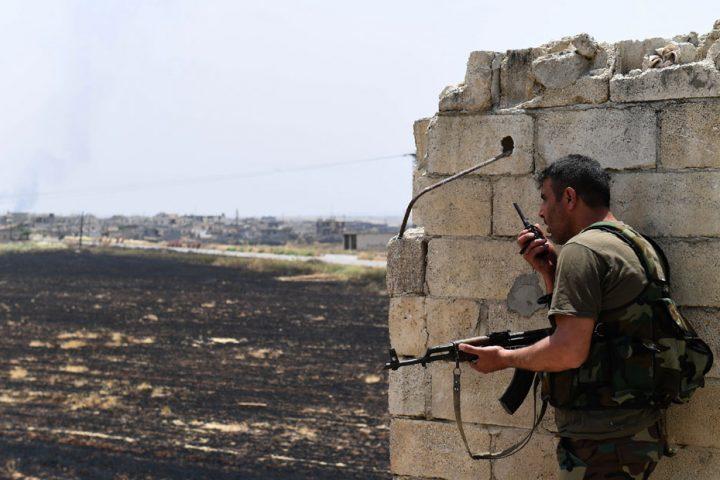 معارك-ضارية-بين-قوات-الأسد-والمعارضة-السورية-في-ريف-إدلب-الشرقي