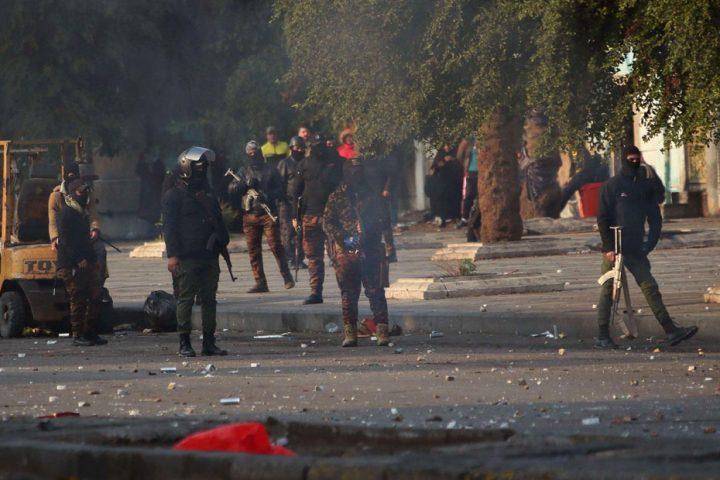 مقتل-متظاهر-وإصابة-4-آخرين-برصاص-مجهولين-في-ساحة-اعتصام-الناصرية-بالعراق