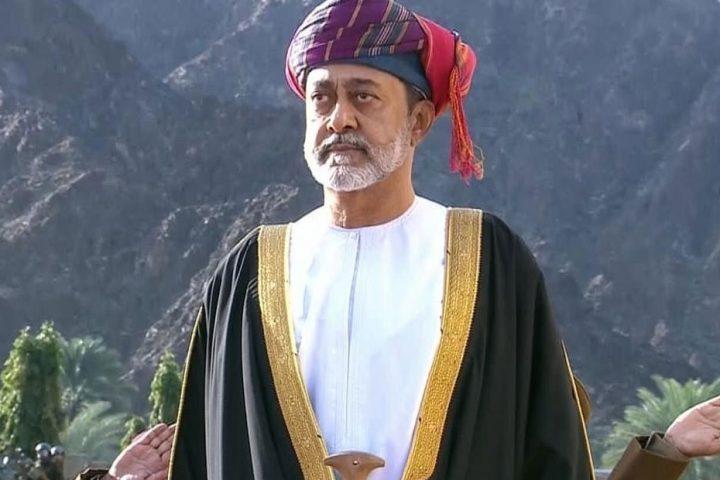هيثم-بن-طارق-يؤدي-اليمين-الدستورية-سلطانا-لعمان