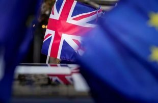 الاتحاد-الأوروبي-وبريطانيا-يطلقان-مسيرة-مفاوضات-ما-بعد-بريكست