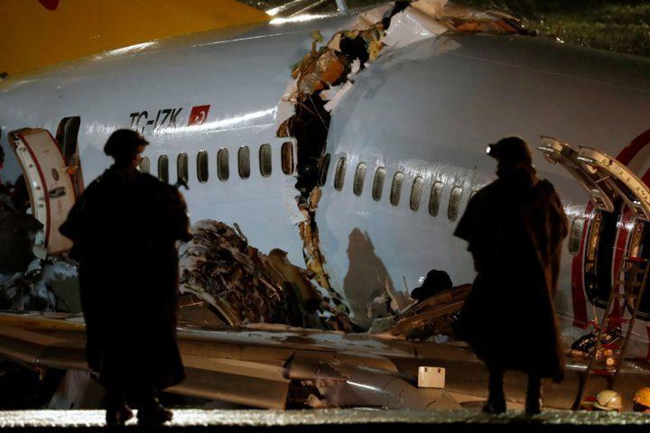 الصحة-التركية-ارتفاع-ضحايا-الطائرة-المنكوبة-إلى-3-وفيات-و179-إصابة
