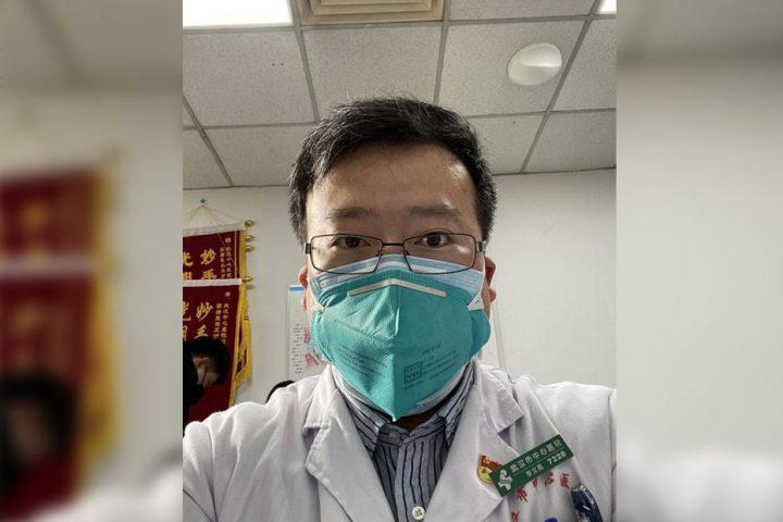الصين-تعلن-وفاة-الطبيب-الذي-حذر-من-كورونا.jpg