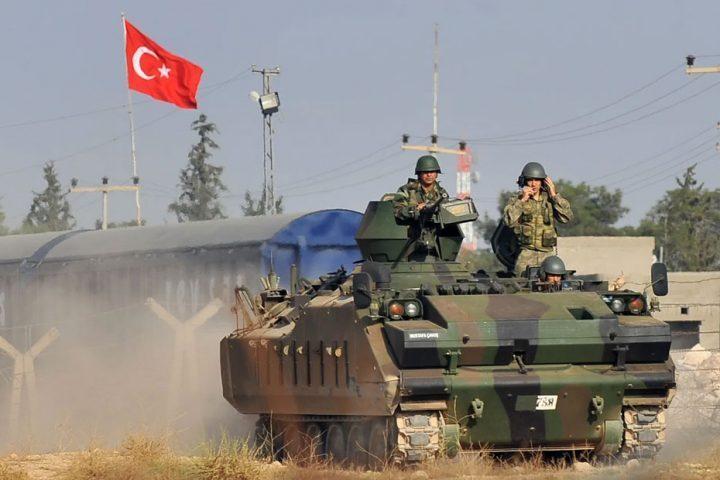 المدفعية-التركية-تقصف-مواقع-لنظام-بشار-تمهيدا-لتقدم-الدبابات-في-إدلب.jpg