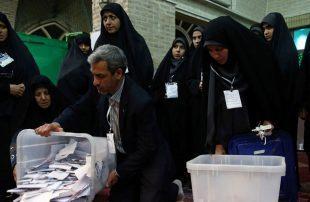 بدء-عملية-فرز-الأصوات-في-الانتخابات-البرلمانية-الإيرانية.jpg