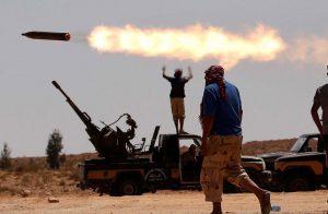 سياسة-الجارديان-الدماء-في-ليبيا-لن-تتوقف-ما-لم-ينقطع-الدعم-عن-حفتر