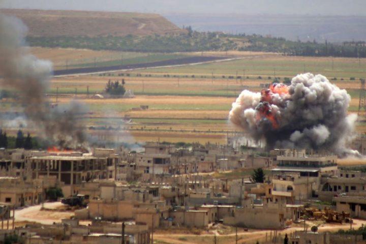 غارات-للطيران-الحربي-الروسي-على-إدلب-السورية
