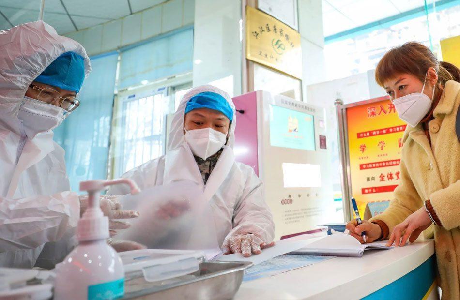 كوريا-الجنوبية-تعلن-إصابة-813-حالة-جديدة-بـكورونا.jpg