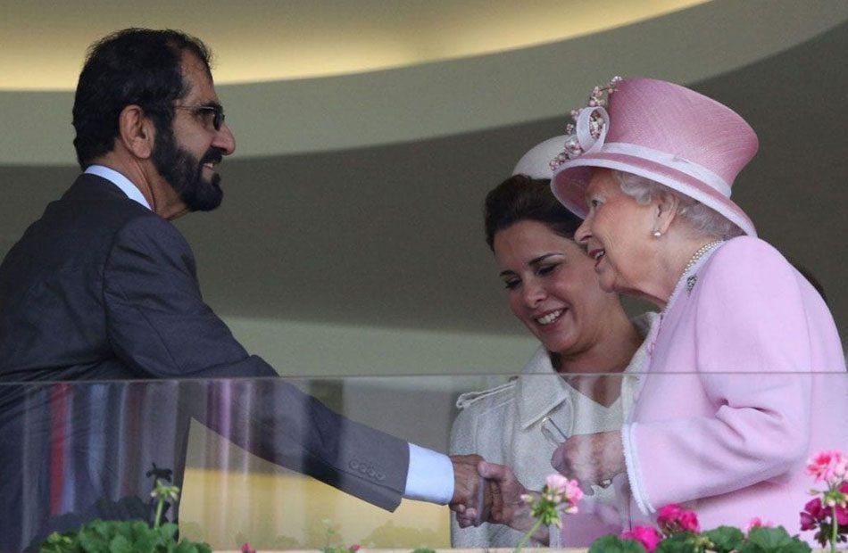 التايمزالملكة-إليزابيث-تتجنب-حاكم-دبي-بعد-إدانته-بخطف-ابنتيه.jpg