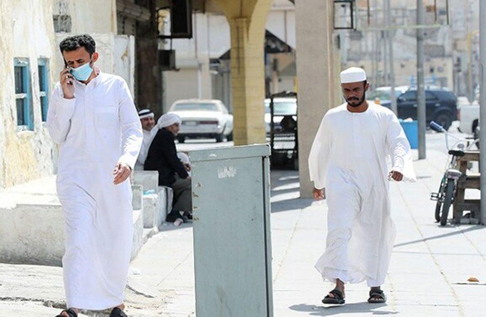 السعودية-تعلق-الذهاب-لمقرات-العمل-وتغلق-الأسواق-بسبب-كورونا