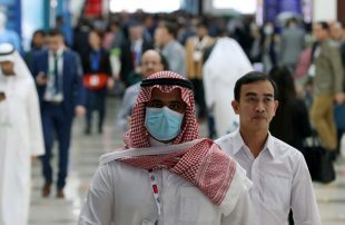 السعودية-والإمارات-تتوعد-بغرامات-عالية-لمخالفة-قرارات-حظر-التجوال