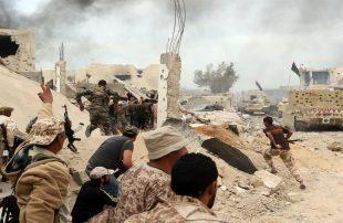 """""""الوفاق"""" الليبية تطلق عملية """"عاصفة السلام"""" ضد حفتر وقواته"""