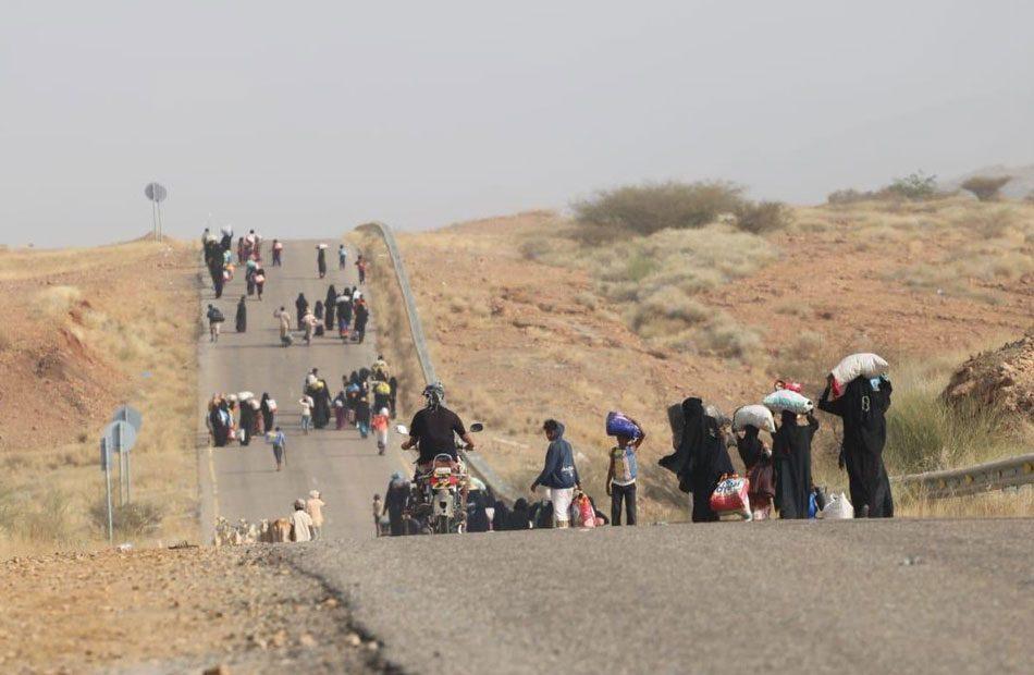 اليمن--الصليب-الأحمر-يعلن-نزوح-عشرات-الآلاف-إلى-مأرب-بسبب-القتال.jpg