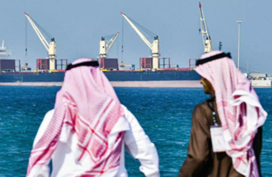وكالة-فيتش-دول-الخليج-تدق-ناقوس-الخطر-بعد-انهيار-أسعار-النفط.jpg