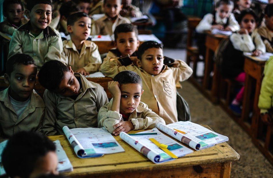 يونسكو-تعلن-عن-حرمان-نحو-420-مليون-طالب-من-التعليم-بسبب-كورونا.jpg