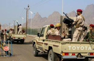 خطوة-جديدة-في-انقلاب-الانتقالي-..-يعلن-سيطرته-على-بنوك-وموانئ-ومطار-عدن-اليمنية