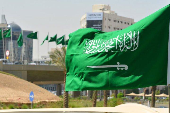 هل-يشهد-الاقتصاد-السعودي-ركوداً-يفوق-الأزمة-العالمية؟.jpg
