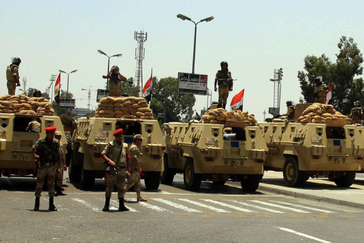استهداف-آلية-عسكرية-للجيش-المصري-بسيناء