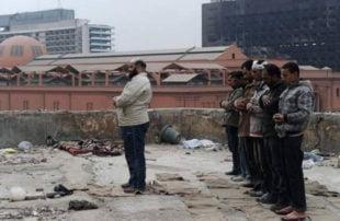 """بتهمة """"صلاة التراويح"""" .. مصر تحيل 12 شخصا إلى محكمة """"أمن الدولة"""""""