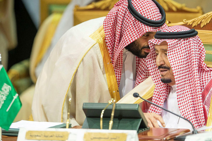 ناشط سعودي: السعودية تسيء للإسلام مقابل تضليل الناس وترميم صورتها دوليًا
