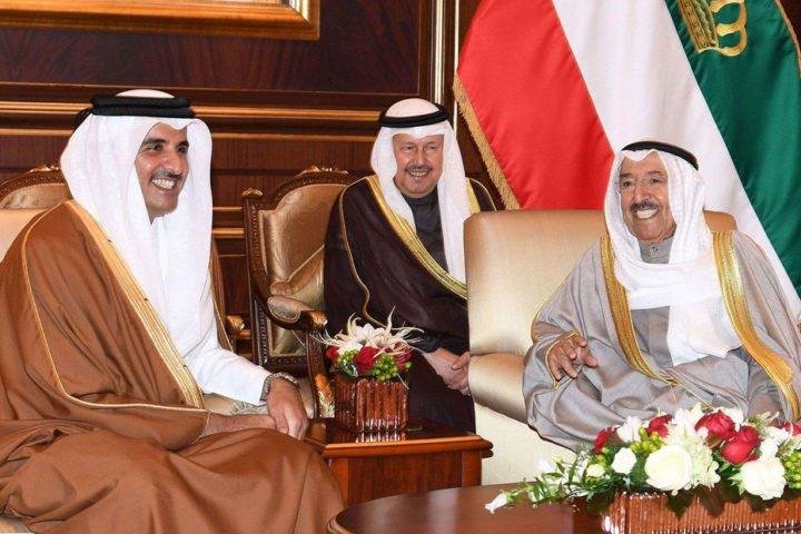 """مع دخولها العام الرابع .. قطر تثمن جهود الكويت المبذولة لحل """"الأزمة الخليجية"""""""