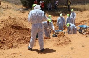 مقابر جماعية لضحايا حفتر .. اكتشاف 4 مقابر جديدة في ترهونة