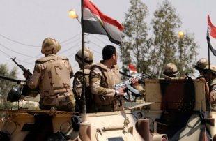 الجيش المصري يقصف عدة قرى بسيناء