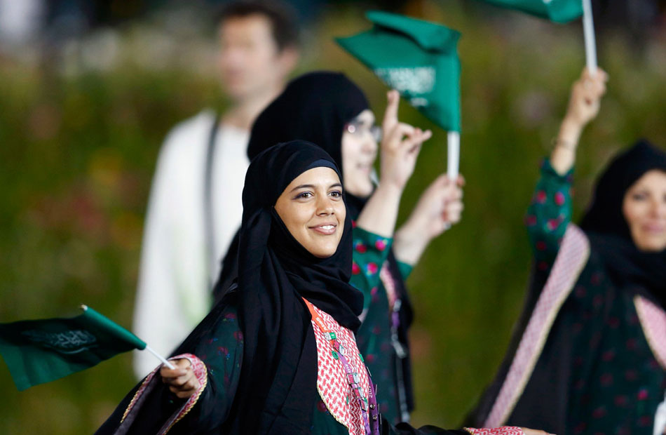 لم تعد جريمة بعد الآن .. من حق المرأة السعودية السكن في منزل مستقل!