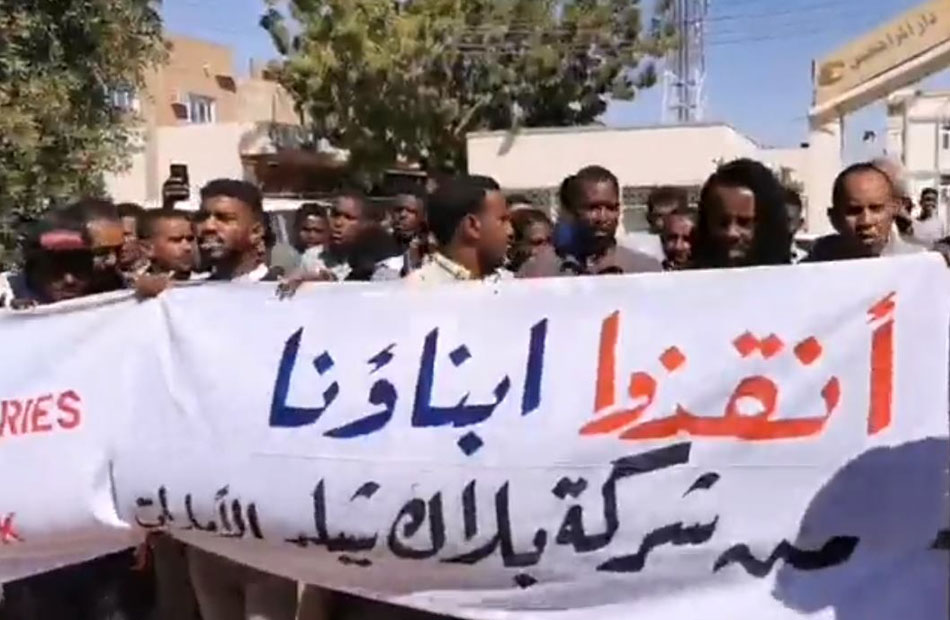 سودانيون يطالبون بن زايد بالاعتذار والتعويض بعد خداعهم في الإمارات .. ما القصة؟