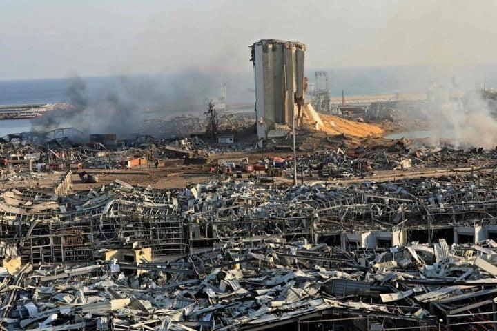 كأنها القيامة.. 100 قتيل و4 آلاف مصاب وهلع ودمار في انفجار بيروت الرهيب
