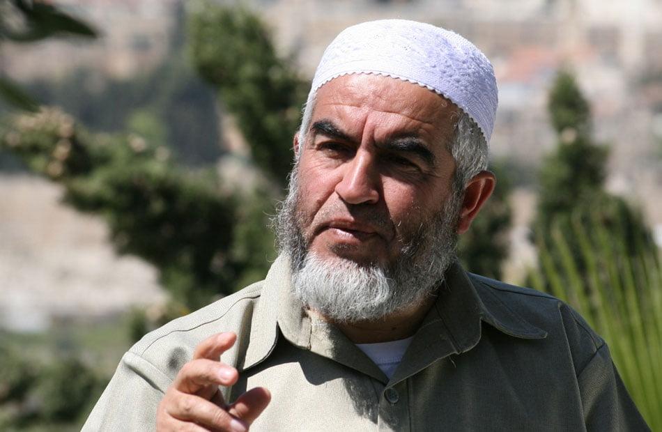 خطر وشيك .. الشيخ رائد صلاح يحذر من هدم المسجد الأقصى