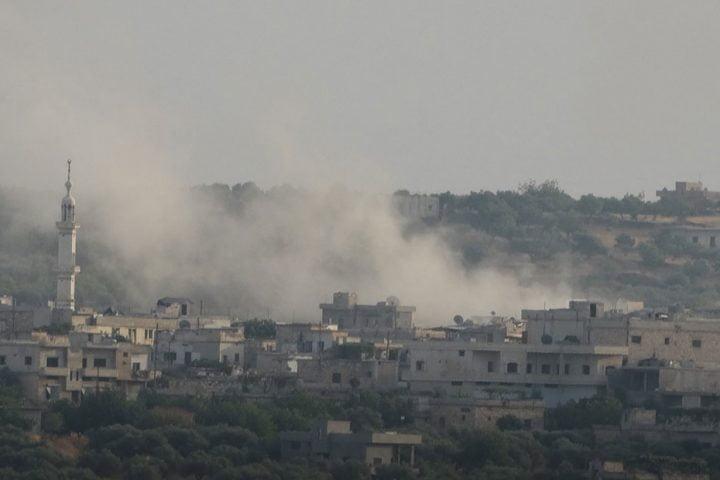 بدعم روسي.. الأسد يقصف أكبر مستودعات هيئة تحرير الشام بريف إدلب