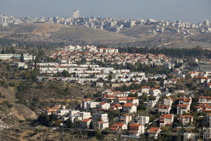 الإمارات تخدع الفلسطينيين .. مسؤولون إسرائيليون يؤكدون أن بناء المستوطنات لن يتوقف