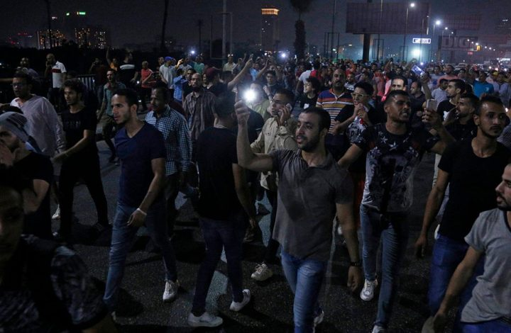 استمرار التظاهرات المطالبة برحيل السيسي في مصر .. هل تنجح؟