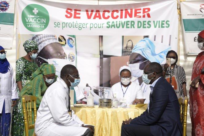 في السنغال.. البعض يفضل الموت على لقاح كورونا
