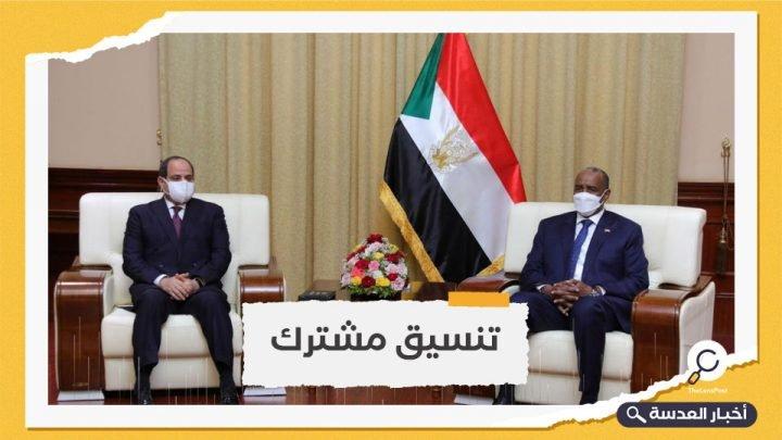 لأول مرة بعد تشكيل المجلس الانتقالي.. السيسي في الخرطوم