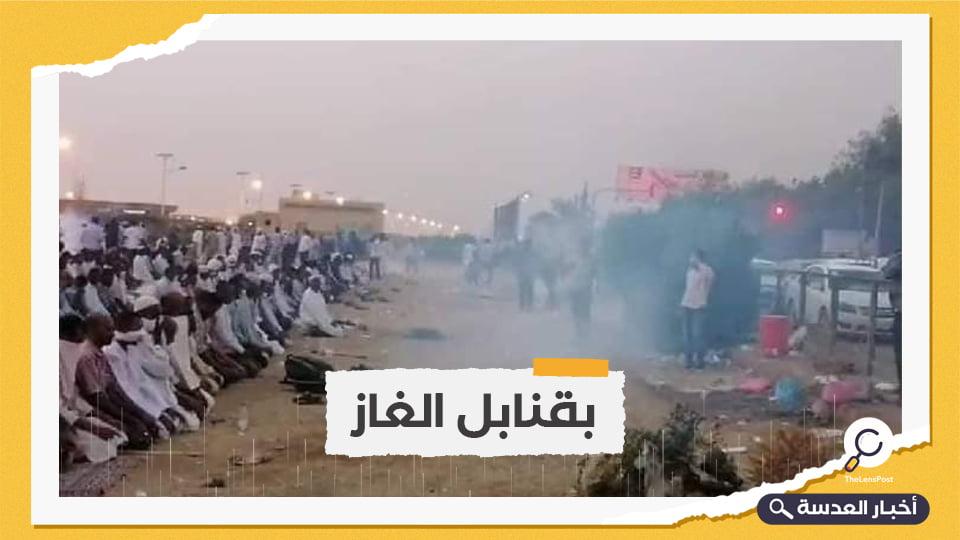 الأمن السوداني يفض إفطارًا رمضانيًا لأنصار البشير