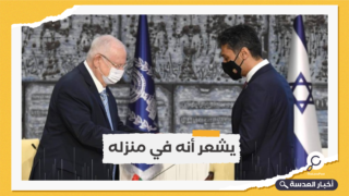 """في وصلة عشق مع إسرائيل.. سفير الإمارات يصف المجتمع الإسرائيلي بـ """"المدهش"""""""